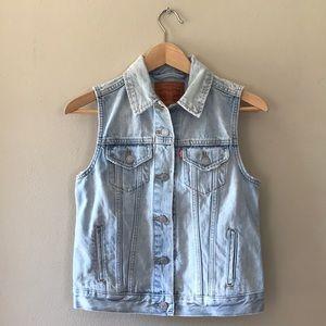 Levi's Trucker Vest